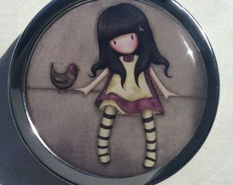 Pill, jewlery and little treasure/ BOXE/ Lovely girl with bird