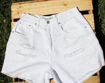 Vintage white high waisted cutoff shorts
