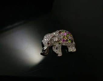 Vintage sterling silver elephant brooch from the 80s