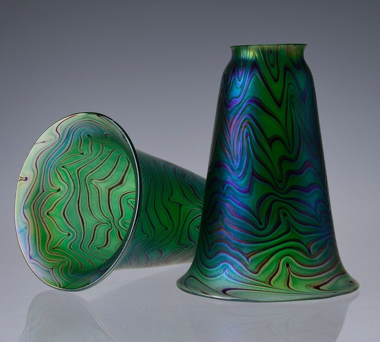 green hand blown iridescent glass lamp shade fitter. Black Bedroom Furniture Sets. Home Design Ideas