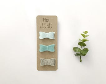 Barrettes picks up toupee for baby / child - loops in wool of Merino - pale blue, turquoise, pale grey or the complete trio