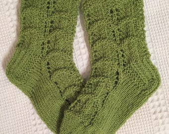 EUR Size 25 / US 9 / UK 8 / Handknitted Toddler Child Warm Wool Socks, Green, Lace Knit