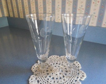 Set of Two Vintage Glasses/Pilsner/Beer Style with Flower Etching