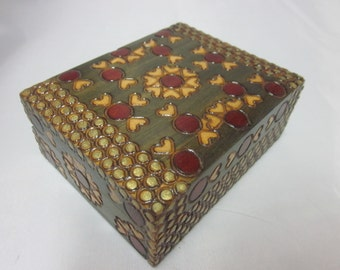 "Poland Folk Art Polish Wood Box Hinged Hearts Dots 4"" by 3"" by 1.5"" Small Jewelry Trinket Treasure"