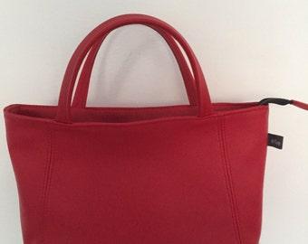 Handbag ' on order '