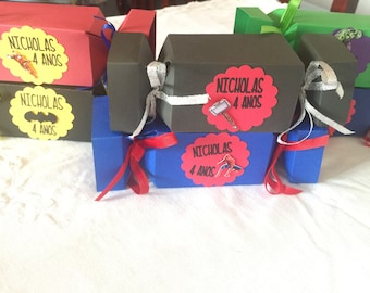 Super hero party favor box (set of 32 Boxes)