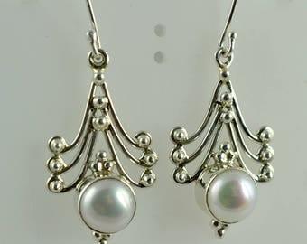 Fresh Water Pearl Earrings ~ Pearl Earrings ~ Pearl ~ 925 Solid Sterling Silver ~ Handmade Dangle Drop Earrings