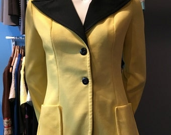 Vintage 1970s Paris Star Yellow and Black Suit Jacket Blazer Size 6