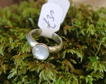 sterling silver D shaped ring with moonstone cabochon