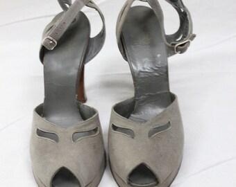 1940s Vintage Suede Grey Peep Toe Platform High Heels Size 6