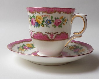 Vintage coffee cups, Set of 6 vintage Coffee cups & saucers, Vintage Crown Staffordshire, fine bone china, made in England, 1940s