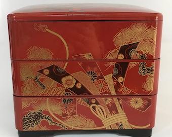 Japanese Vintage Bento Box / Lunch Box / Japanese Vintage Box / Food Storage / Lunch Box / Japanese Bento Box / Bento Box / Painted Red Box