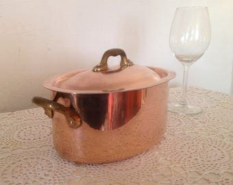 Vintage French copper casserole pan, copper cocotte, small oval copper pan with lid, small French tin lined stew pot