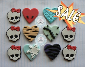 12x Edible Monster High inspired fondant cupcake toppers