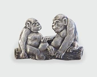 Vintage Monkey Ape Brooch set in Silver