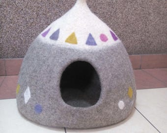 Cat house, Cat cave, Felted Cat house, Felt cat cave, Felt bed, Pet bed, Cat nap cocon, Pet furniture, Wool cat bed, Gift for cat lovers
