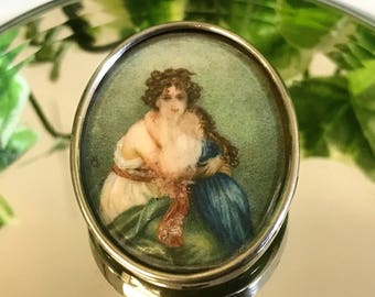 A Beautiful Antique Silver Portrait Brooch depicting Mother and Child