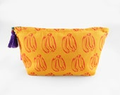 Yellow Banana Washbag    make up bag  Toiletry bag  cosmetic bag   cotton washbag  screen printed  travel