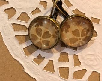 Antique, vintage style, floral earrings