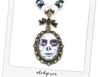 Necklace long Gothic cabochon • day of death • bronze • Mexican skull necklace