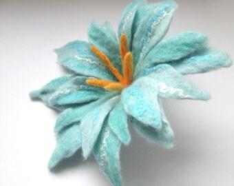 Felted flower,Felt flower,Flower brooch,Wool Jewelry, Felt Flower Pin, Wool Brooch, Gift for her, Blue flower brooch,Brooch