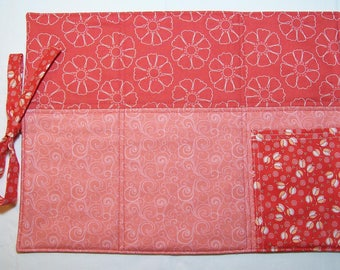 Red Floral Quilted Adventure Placemat. Retro Red Placemat. On the Go. Shabby Chic. Cottage Chic.