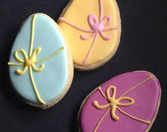 12 Easter eggs iced biscuits