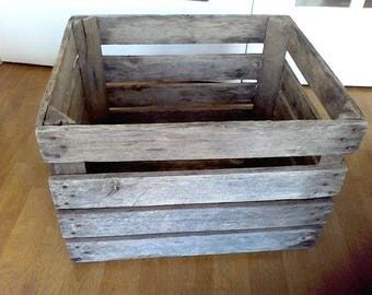 Wooden Apple crate from the mountains of Virginia , wooden box