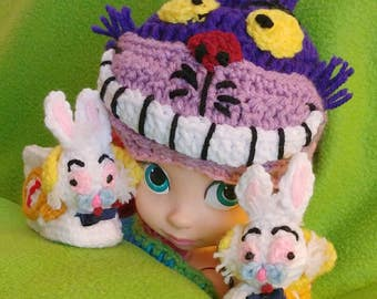 Alice in Wonderland Hat and Booties