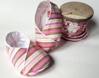 Kimono shoes newborn pink and white stripes