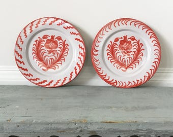 Pair of French hand painted wall hanging plates, vintage wall decor, Provençal style.