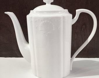 Elegant White Mikasa Teapot, Hampton Bays Teapot, Made in Japan, DY900