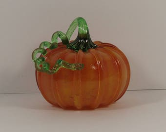 Hand Blown Art Glass Pumpkin with Twisted Stem.