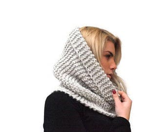 Chunky scarf Women's Cowl Scarf, Hand Knit Chunky Cowl Scarf, Neckwarmer, Snood, Light Gray Wool Cowl Scarf, Winter Accessories