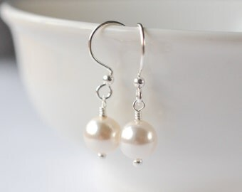 Pearl Earrings Sterling Silver, Bridesmaids Earrings Pearl, Pearl Drop Earrings, Wedding Earrings, Bridesmaids Gift, Pearl Dangle Earrings