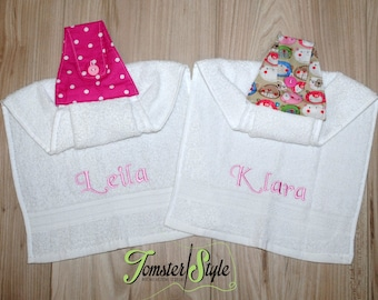 Personalized Hanging Towels; White Kitchen towel; Kitchen decor; Personalized Hand towel; Embroidery; Tea towels; Hanging hand towels;Linens