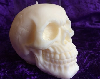 Skull gothic pagan candle
