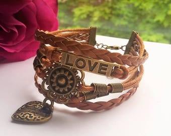 Love Leather Bracelet. Model: 0003