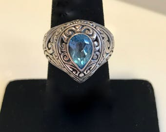 One of a kind 925 silver  size 6 1/2 ring with a blue stone