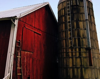 Barns / choice of (1)  5×7