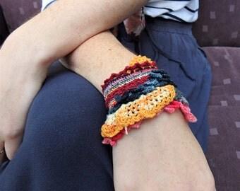 Freeform Crochet Wanderer Bracelet ( Magma )