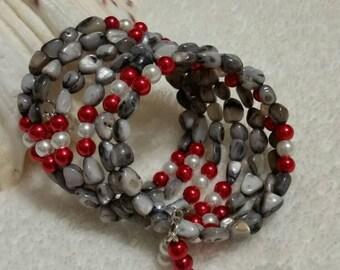 Mother of pearl bracelet, glass pearl bracelet, memory wire bracelet, wrap bracelet, beaded bracelet, multi-loop bracelet, beach bracelet