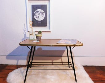 Vintage-formica top coffee table with Magazine Rack - Mid Century