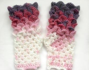 Dragon Scale Gloves   Wrist Warmers Nougat