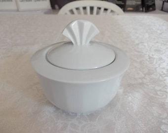 Beautiful Vintage Art Deco Sugar Bowl. Colditz Porcelain.