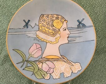 Vintage Hand Painted Gold Leaf Dutch Girl Plate, Circa 1920