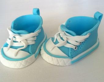 Baby chucks shoes light blue fondant