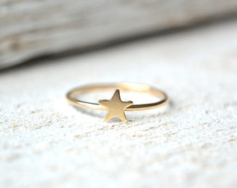 Star Ring. Gold Star Ring, Dainty Star Ring, Star Stackable Ring, Tiny Star Ring, Stacking Ring, Star Knuckle Ring, Gold Midi Ring