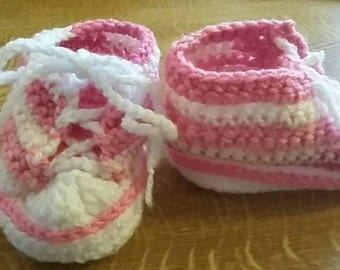 Crochet baby shoes made to order 0 up to 12 mths