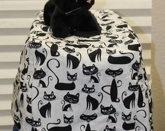 Small hard shell pet carrier cover and pad